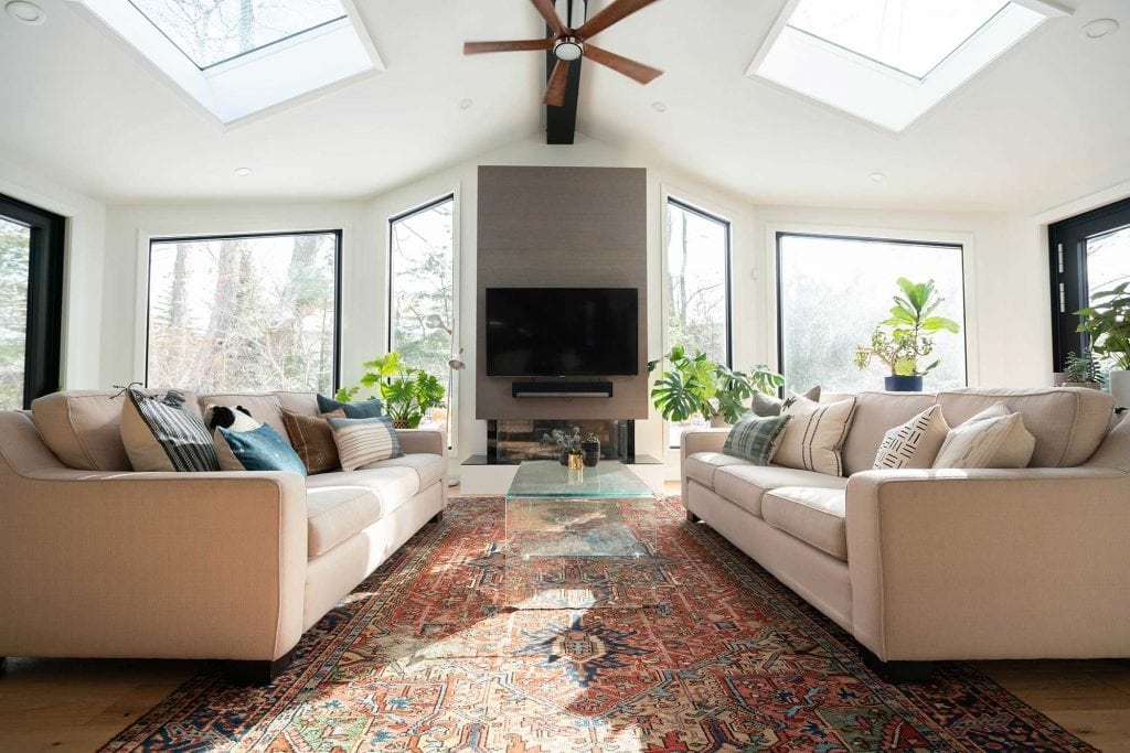 rug size and placement for living room