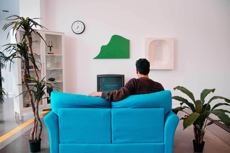 living room couch arrangement