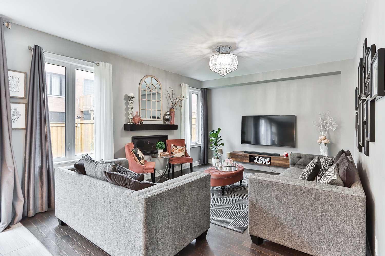 living room furniture arrangement around tv